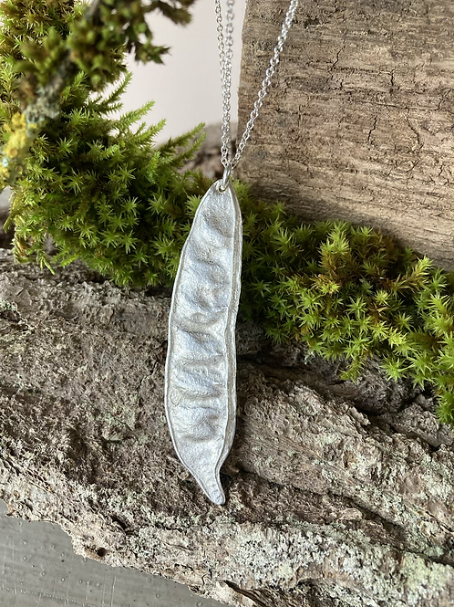 Silver bean pendant