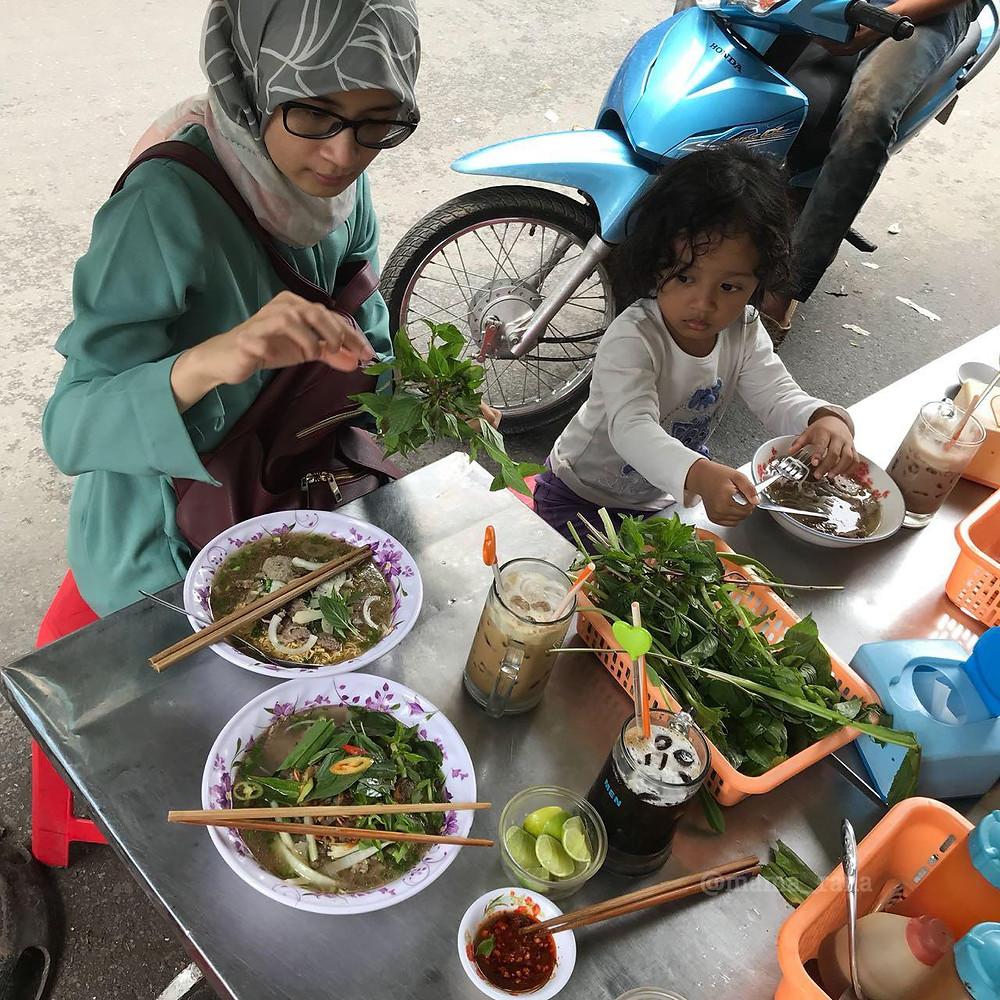 pho halal di vietnam