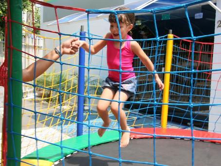 Brincar no pula-pula é seguro para a criança?