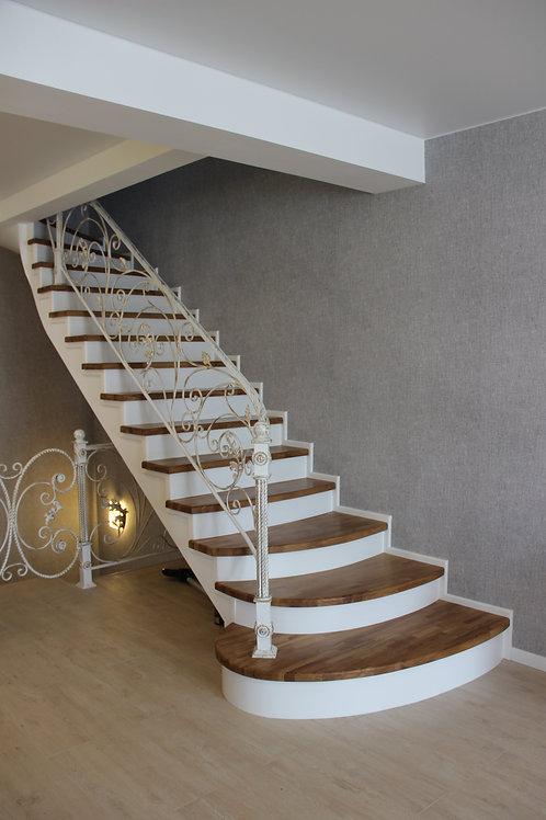 Отделка бетонной(монолитной) лестницы в таунхаусе из дуба