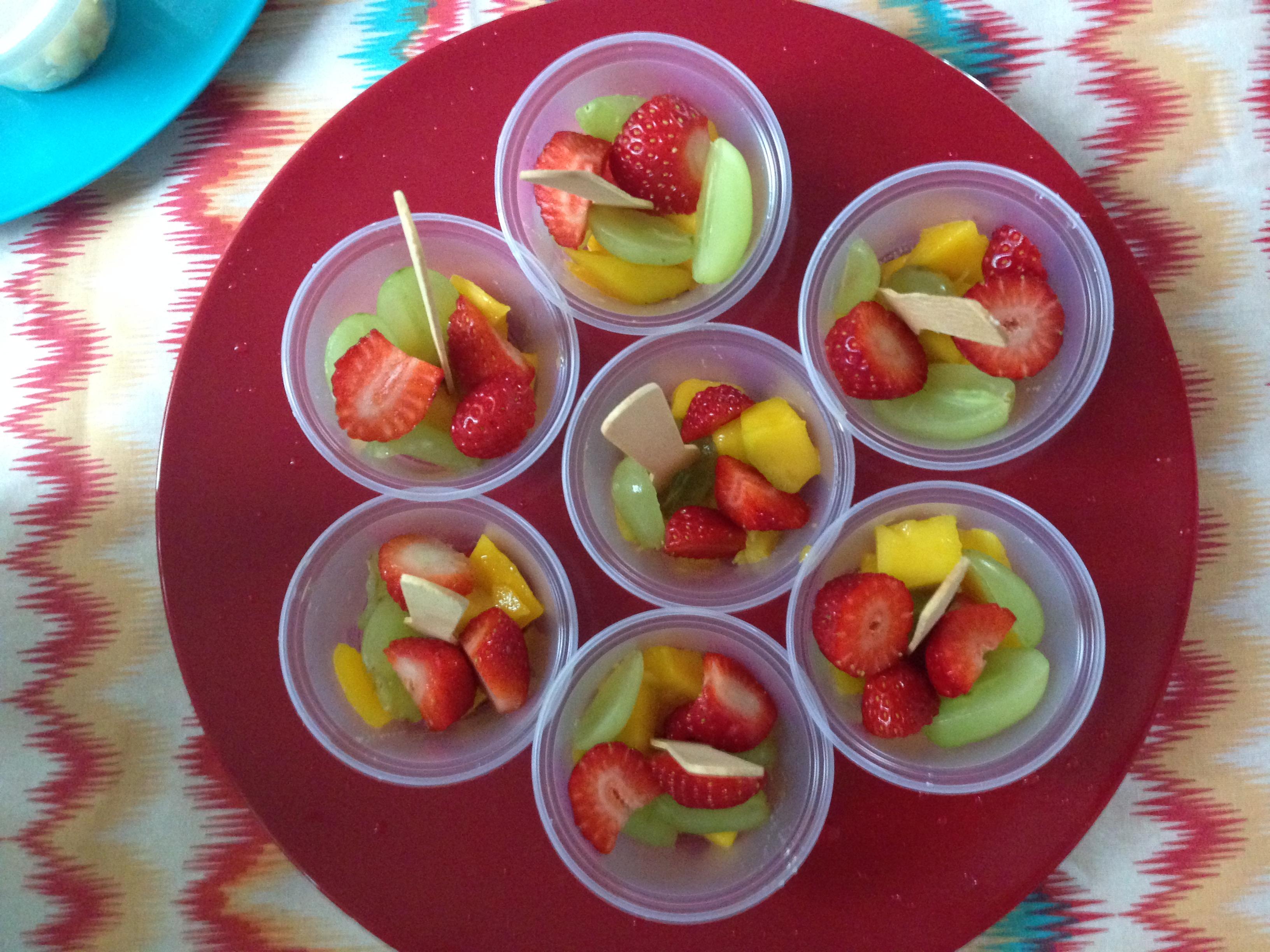 Frutas no copinho