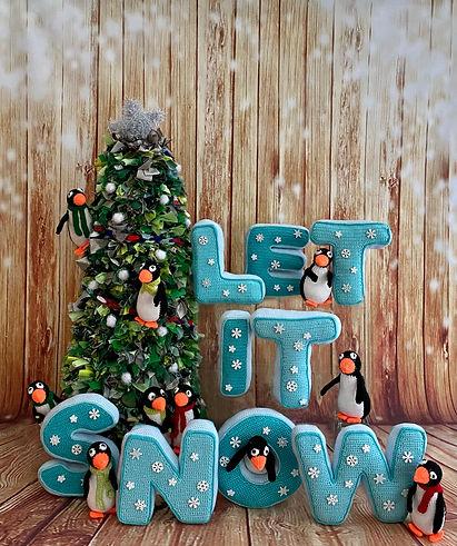 Hertford 2 penguins.jpg