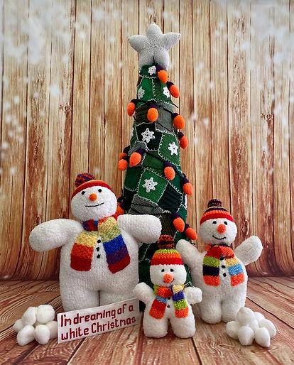 19 Hertford 4 snowmen.jpg