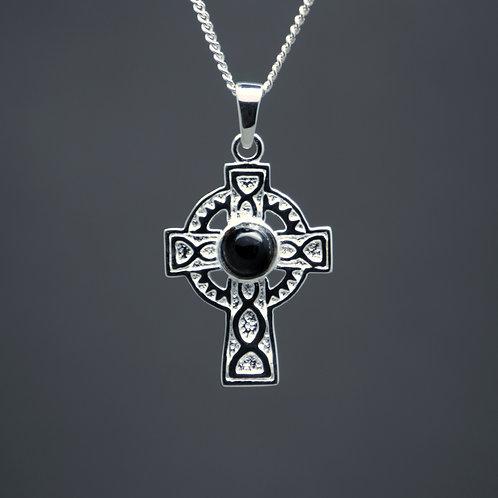 Innis Cross