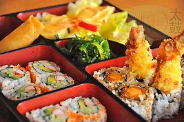 Lunch_Hollywood-Box.jpg