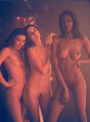 FLAUNT+magazine+pinknoise+Marilou+Chaber