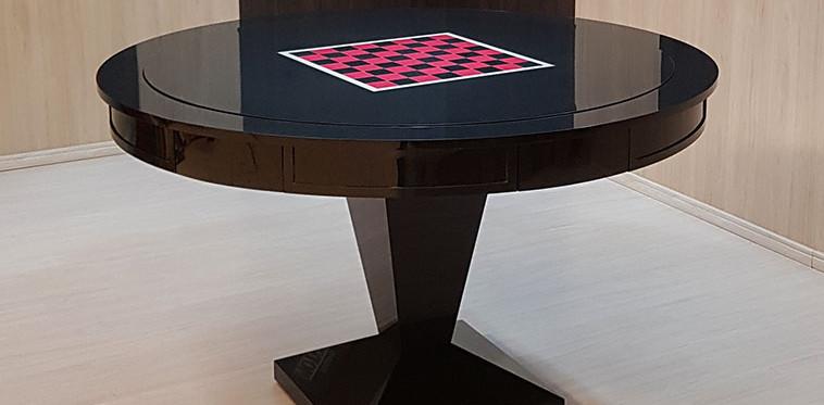 Reversível (Xadrez) em Preto Brilhante com Tabuleiro Personalizado