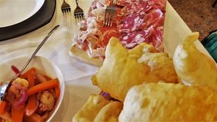 mangiare nel borgo di vigoleno.jpg