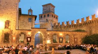 cena al castello di vigoleno.jpg