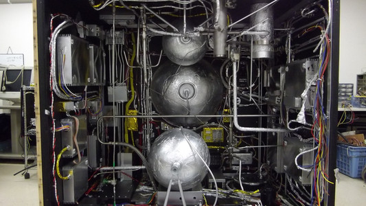 Set Photo [Inside of HAYABUSA]