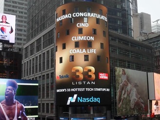 Cind at Times Square