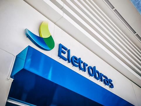 Com ameaça de privatização da Eletrobrás, sindicato planeja greve de dois dias