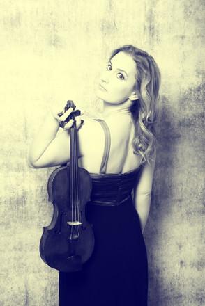Ruth Violin Back B&W.jpg
