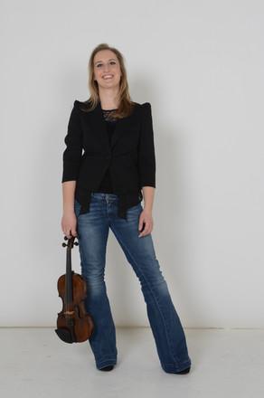 RUTH ELDER Violin