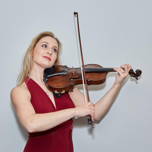 Ruth Elder Violin Musician