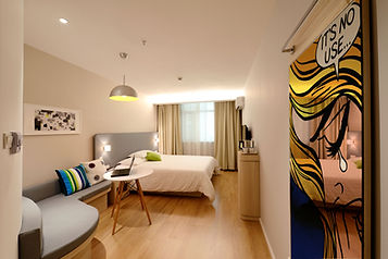 apartment-bed-bedroom-practise.jpg