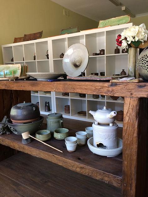 Handmade Ceramics, handcrafted pottery, Sydney, Ceramic Studio En, cafe, restaurant