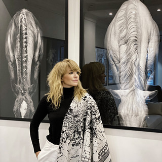 Exhibition Horses in Fifth Avenue Design Atelier, Moscow.