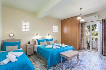 Skopelos Hotel Stafylos Suites