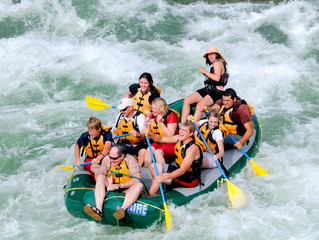 How to Avoid Injury On a Rafting Trip