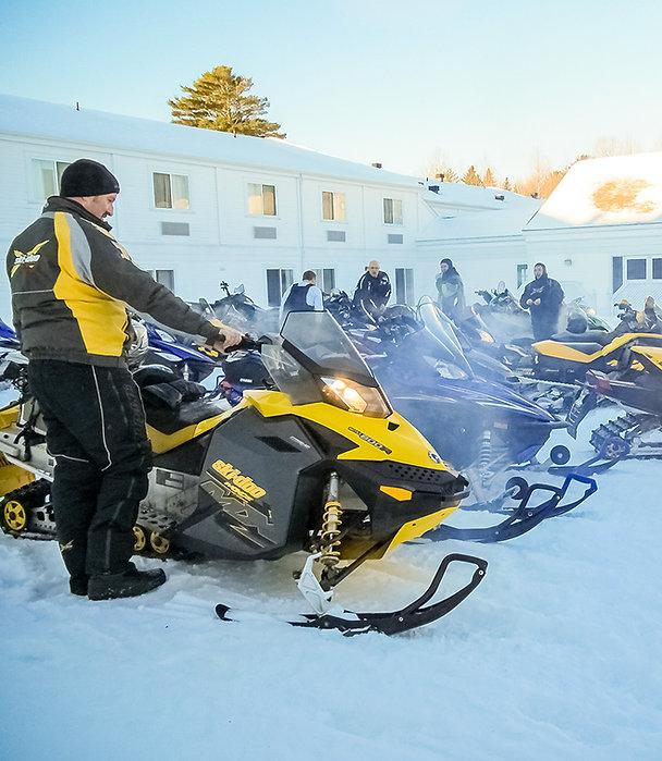 Groupe de motoneige à Bathurst | Atlantic Host Hotel