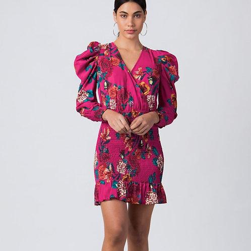 Dress W Vneckline