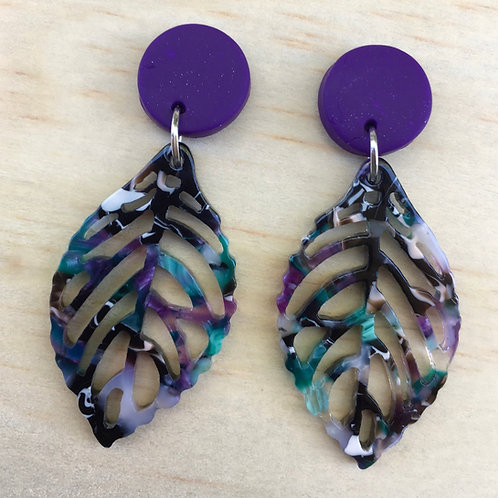 Polymer clay and resin leaf earrings (Purple)