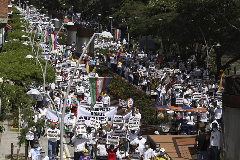 Killings of protesters continue in Colombian city of Cali