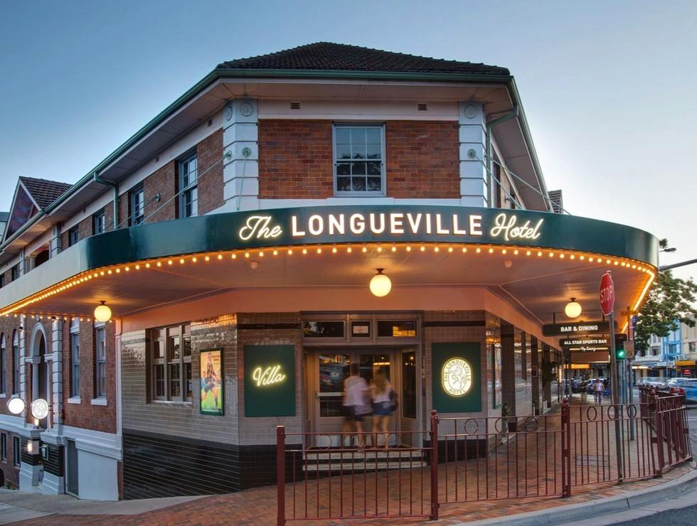 Longueville Hotel - venue sign_edited.jpg