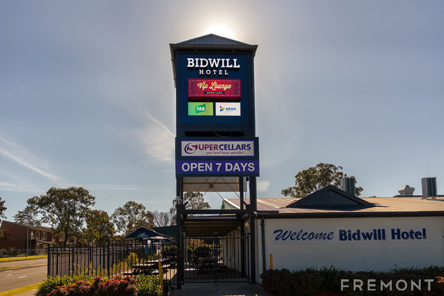 BIDWILL PYLON - WEB.jpg