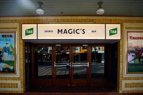 Steyne Hotel_magics bar.jpg