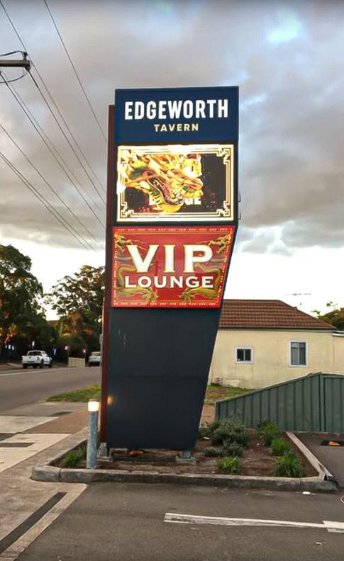 Edgheworth Tavern- pylon.jpg