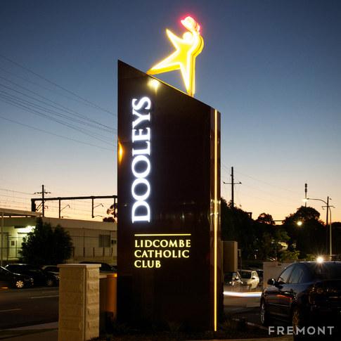 dooleys-pylon_square.jpg