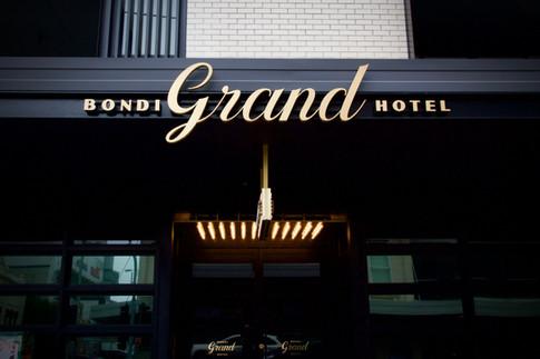 Grand_Hotel_awning.jpeg