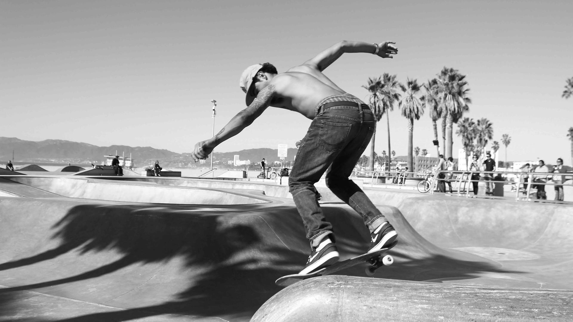 liene-geidane-skate_lowres.jpg