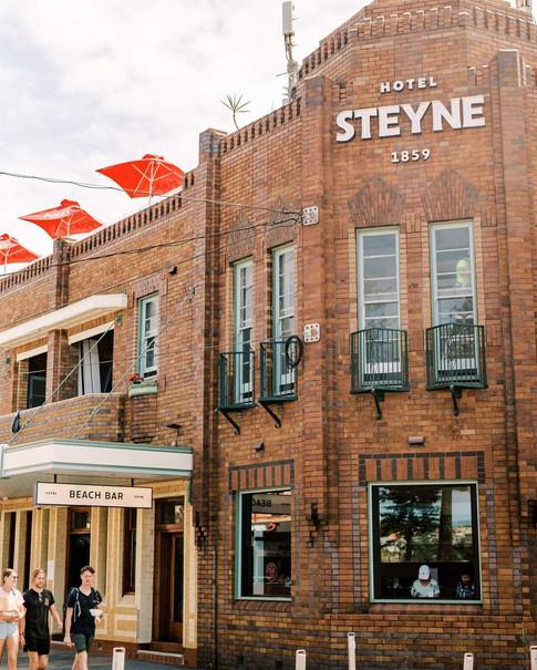 Steyne Hotel - Corner sign.jpg