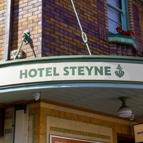 Steyne Hotel_awning.jpg