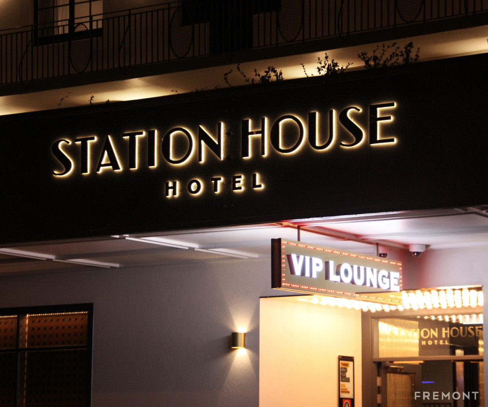 STATION HOUSE_AWNING.jpg
