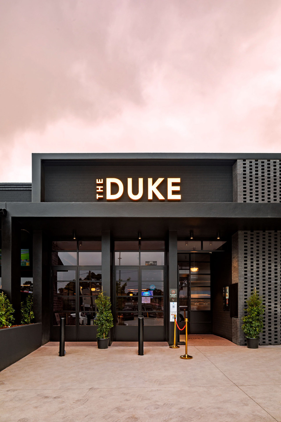 The Duke_building sign.jpg