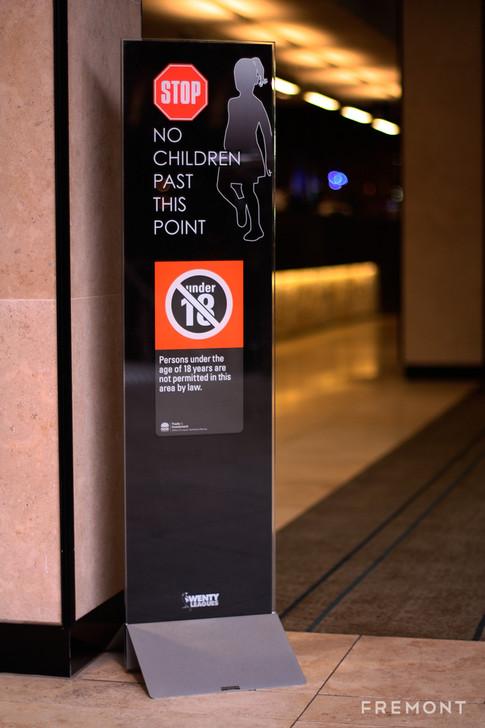 Wenty no children freestanding complianc