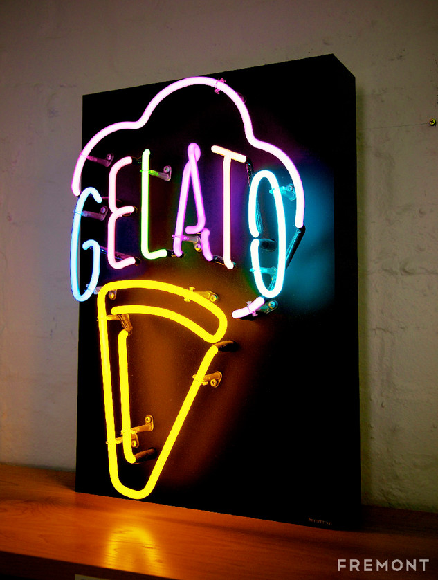 Gelato neon_web.jpg