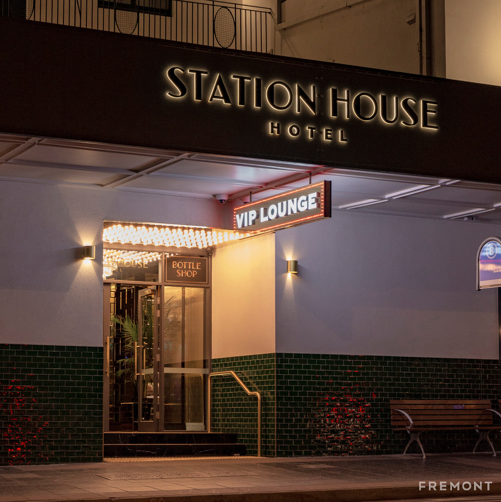 STATION HOUSE_NIGHT.jpg