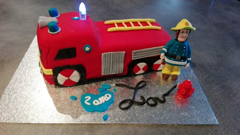 cake design sam le pompier