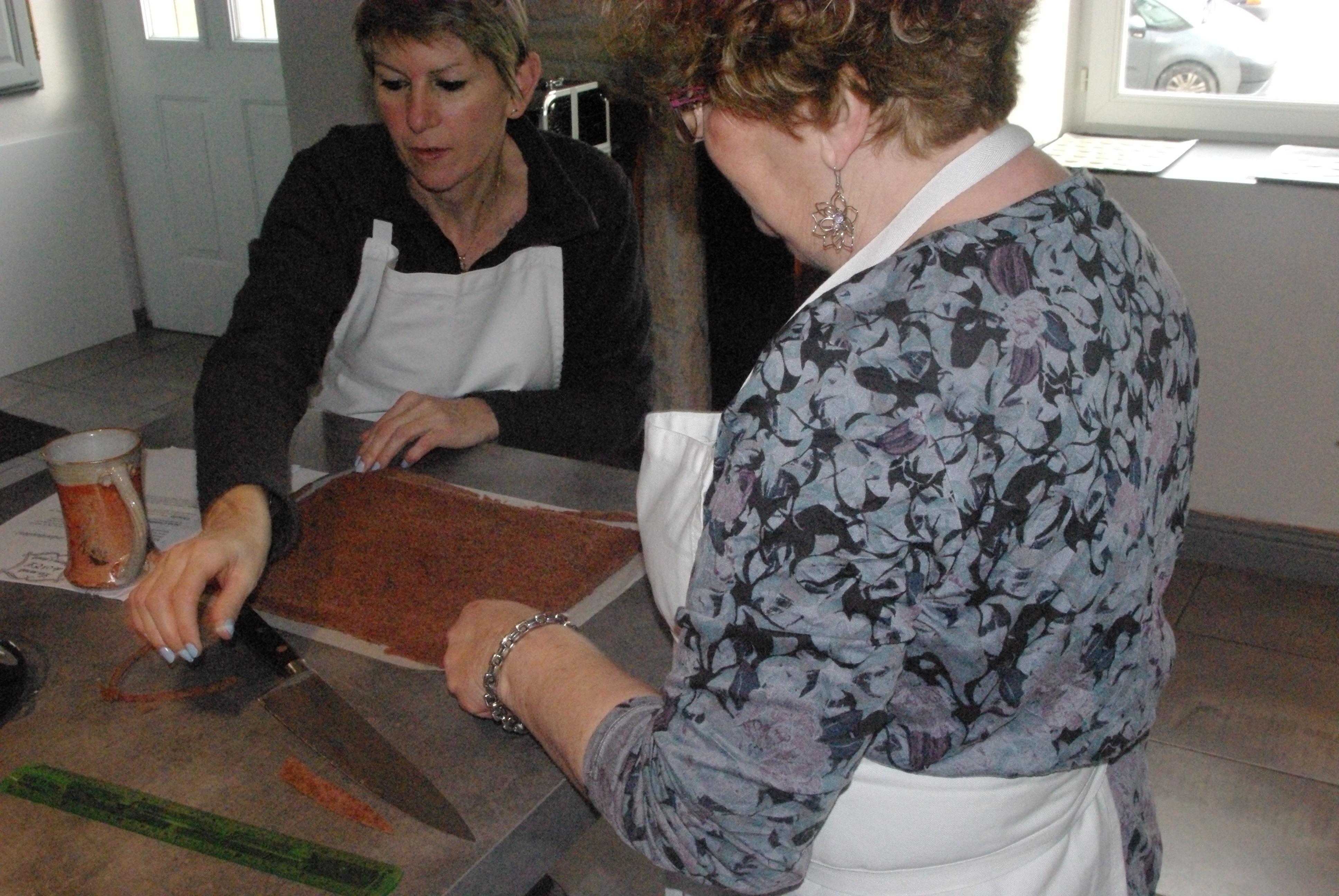 Atelier forêt noire macarons vanille