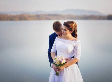 Kdy je nejvhodnější čas a světlo na focení párových svatebních portrétů?