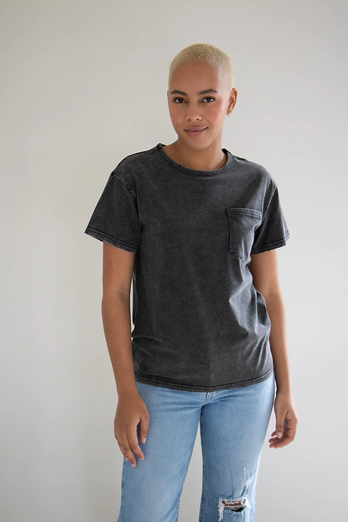 Dazed And Confused Mineral Washed Tee-Black