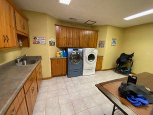 Laundry Kitchen (2).jpeg