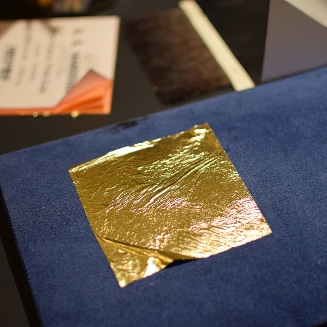 gold leaf 23ct.jpg