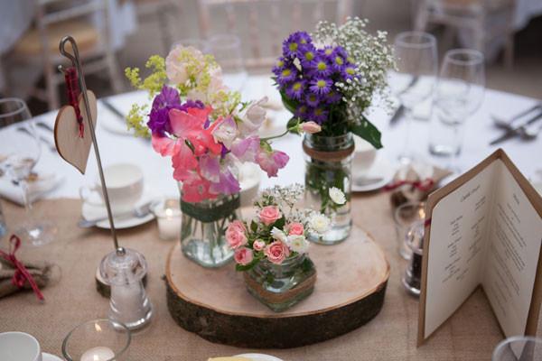 Log Slice & Flowers Centrepiece.jpg