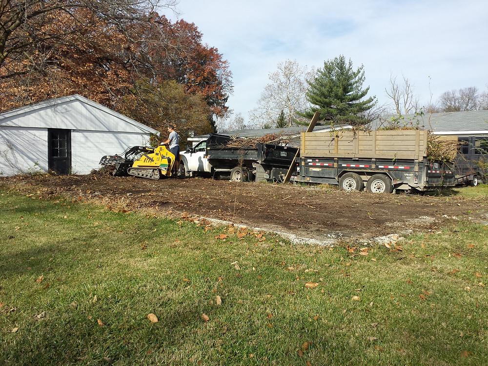 brush removal Indianapolis, hauling, Indianapolis, Junk Removal, Junk Pickup, Trash Pickup, Landscape Removal, Concrete Removal, Yard Grading, Landscape, Landscape Removal, Landscaping